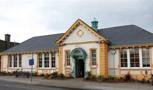The Greystones Library